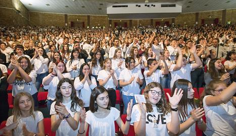Prop de 5.000 veus i músics de tota Catalunya a Cervera