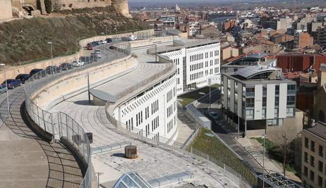 Vista panoràmica de la seu dels jutjats de Lleida al Canyeret.