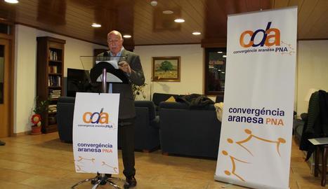 L'actual síndic, Carlos Barrera, a la presentació de divendres.