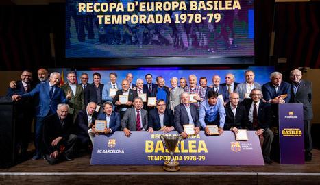 Els jugadors del Getafe van fer el passadís al Barça com a campió de Lliga.