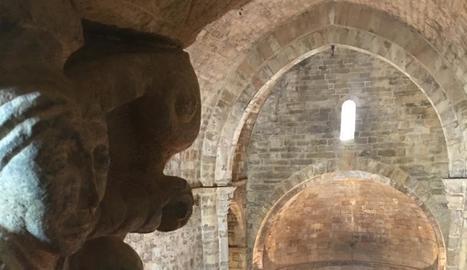 Ivan Caelles va explicar la història de l'església romànica de Covet.