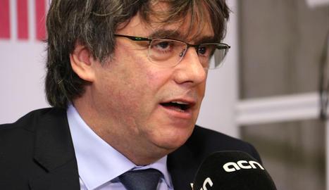 L'expresident de la Generalitat Carles Puigdemont en roda de premsa