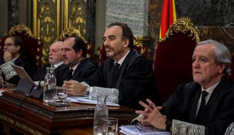 La defensa de Cuixart retreu a Marchena que