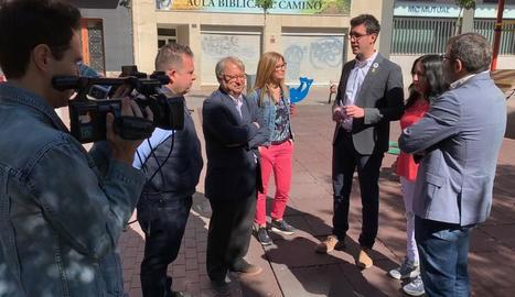 Toni Postius, ahir durant la roda de premsa explicant les seues propostes en mobilitat.