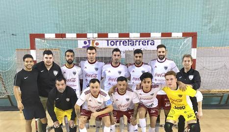 Plantilla del Grupo Elías Torrefarrera, que ha aconseguit l'ascens a la Divisió d'Honor de futbol sala.