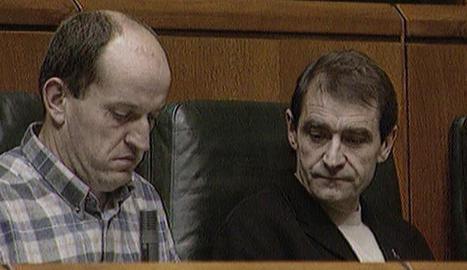 José Antonio Urrutikoetxea Bengoetxea, 'Josu Ternera', a la dreta, en la seua etapa de diputat.