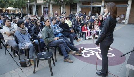 Un instant de l'acte central del Comú, amb el seu alcaldable, Sergi Talamonte, a primera fila.