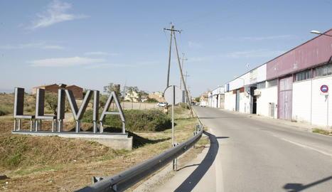 Entrada a Llívia, el barri més allunyat de la ciutat.