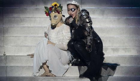Madonna en la seua penosa actuació.