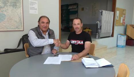 Montfort i Mases, després de firmar el conveni.
