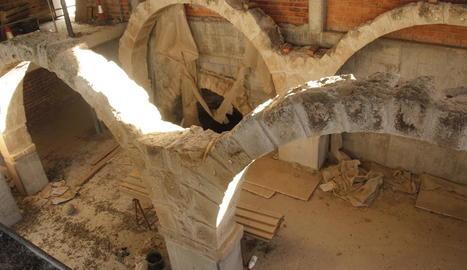 Les antigues arcades de Castelldans.