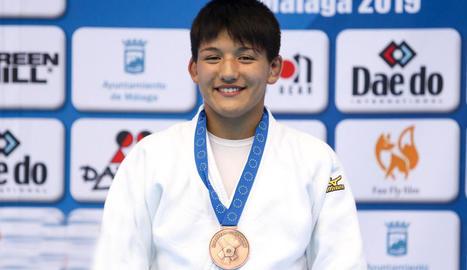 Ai Tsunoda, amb la medalla de bronze conquerida.