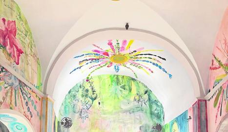 Visitants a l'església de Seurí a finals de l'any passat.
