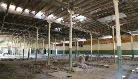 La nau central de l'antiga fàbrica de Filatures Casals, també coneguda com Mitasa.