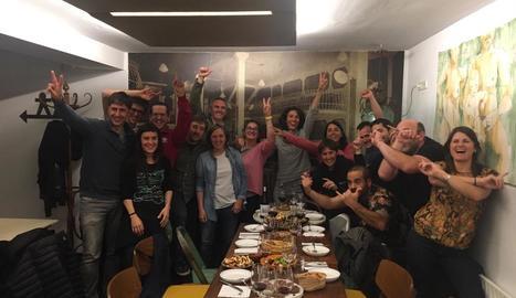 La celebració de la candidatura de Som Poble a Sort.