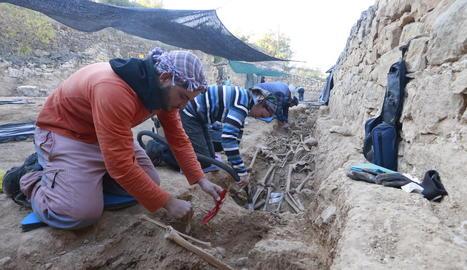 Imatge d'arxiu dels treballs a la fossa del Soleràs.