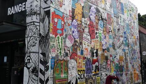 Barcelona. La ciutat dels editors s'ha trobat finalment amb la ciutat dels lectors, va escriure algú amb motiu de la FIL 2019. Barcelona ha tingut un gran protagonisme a la Fira, amb tota mena d'exposicions i de concerts.