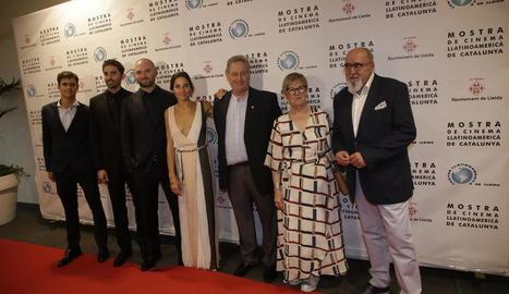 Elenc del film inaugural, amb Parra i la direcció de la Mostra.