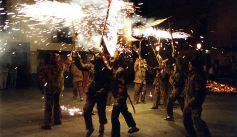 L'infern. Qui vulgui foc ha d'anar a buscar els diables, no són ells qui persegueixen el públic.