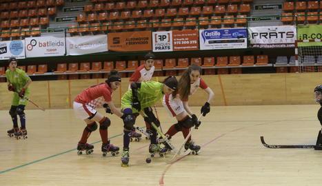 La selecció de Lleida, campiona de Catalunya d'hoquei femení sub-18