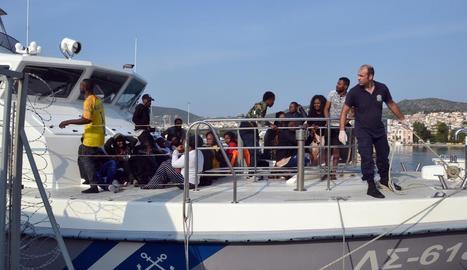 Els guardacostes van rescatar 57 persones més a Lesbos.