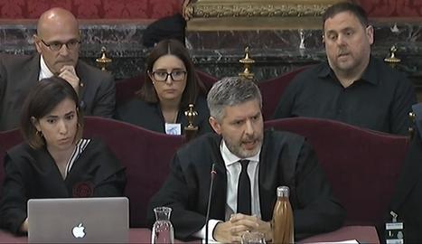 La defensa de Junqueras, durant la seua intervenció a la sessió del judici d'ahir.