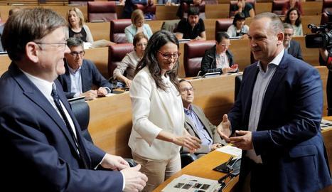 L'alcaldessa en funcions, Ada Colau, i el líder del PSC a Barcelona, Jaume Collboni.