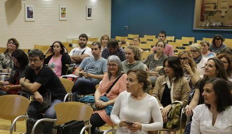 Assistents al procés participatiu, que va tenir lloc a l'EOI.
