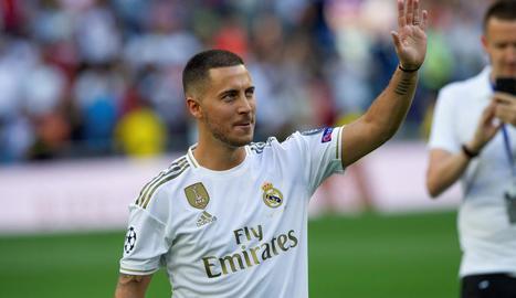 Eden Hazard, ahir durant la seua presentació al Madrid.