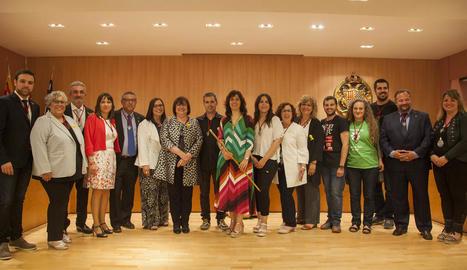 Foto de grup dels 17 edils que conformaran l'arc consistorial en el mandat 2019-2023.