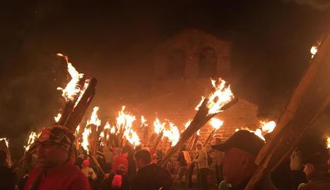 La població de la Durro és la primera que celebra falles.