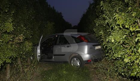 Sortida de via d'un cotxe a la carretera de Corbins.