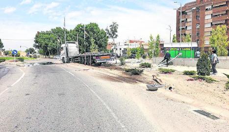 Imatge de l'accident d'ahir a Mollerussa.