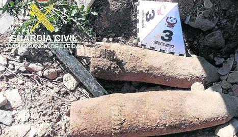 Imatge dels dos projectils localitzats dimecres.