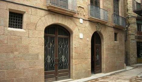 L'ajuntament de Solsona, al centre històric de la capital.