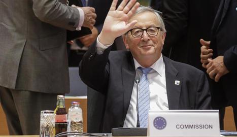Juncker, a qui li queden pocs dies a la Comissió, ahir.