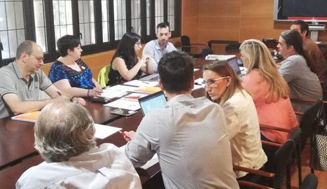 Els tres grups estan ultimant una proposta d'acció de govern, que hauran de validar la setmana vinent els òrgans de decisió i les assemblees locals