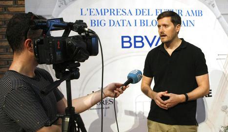 Josep Amorós, Program Manager de BBVA Data & Analytics, va explicar les grans transformacions tecnològiques amb empreses d'èxit.