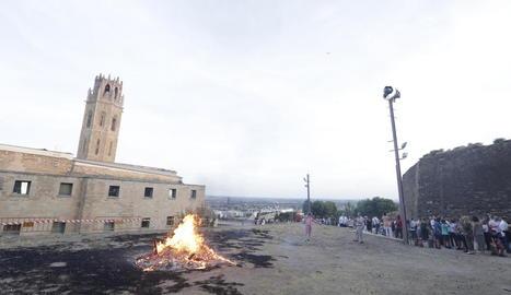 Ateses 15 persones a Lleida i 7 a Aran per cremades per Sant Joan