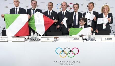 Els representants de la candidatura de Milà-Cortina durant la presentació al COI.