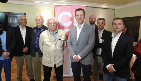 A l'esquerra, l'exdiputat Toni Roldán. A la dreta, l'eurodiputat electe Javier Nart. Tots dos van deixar ahir l'executiva de Ciutadans.