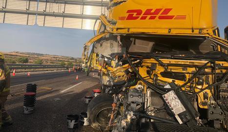 Un dels dos camions implicat en el xoc