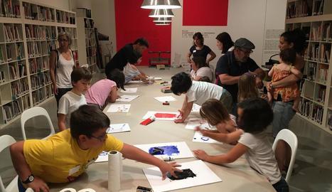 Una desena de nens i nenes lleidatans es van iniciar ahir en el món del disseny amb l'estudi Bildi.