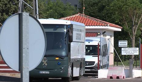 Forcadell i Bassa surten de la presó d'Alcalá i arribaran aquest dimecres a Catalunya