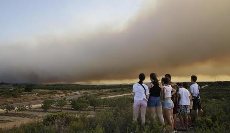 La columna de fum, ahir des dels afores de Maials