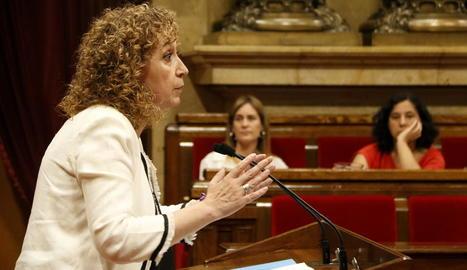 La consellera de Justícia Ester Capella al Parlament, ahir.
