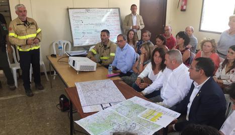 Torra, en la reunió en la qual els bombers han informat de l'estat actual de l'incendi