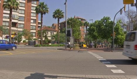 L'accident es va produir a la confluències entre Via Augusta i Mitre.