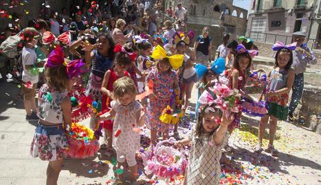 Guissona reviu la tradicional festa de l'Enramada de Corpus
