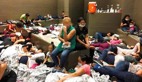 Immigrants amuntegats en centres d'internament als Estats Units